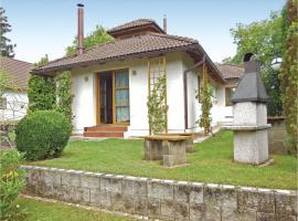 Three-Bedroom Holiday Home in Velke Popovice, Velké Popovice