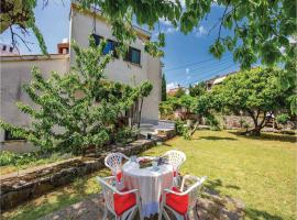 Two-Bedroom Apartment in Rijeka, Риека (рядом с городом Zamet)