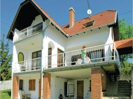 Holiday home Ösveny utca-Szentendre, Сентендре (рядом с городом Леаньфалу)