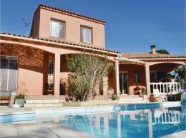 Five-Bedroom Holiday Home in Mezzavia