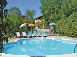 Holiday home Ginouillac UV-1196, Ginouillac (рядом с городом Saint-Projet)