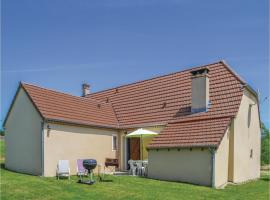Three-Bedroom Holiday Home in Montfaucon, Montfaucon (рядом с городом Jouanis)