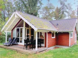 Holiday home Stege 36 with Hot tub, Hegningen (Tyreholm yakınında)