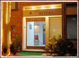 Hotel Royal, Kharar
