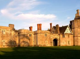 Thornbury Castle, Thornbury