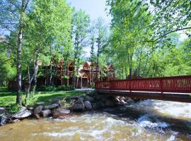 Streamside on Fall River, Estes Park