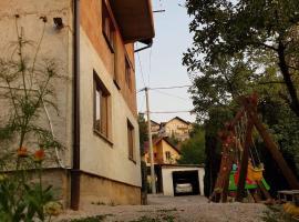 Nadia&Arya, Saraybosna (Hrasno yakınında)