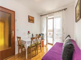 Two-Bedroom Apartment in Porec, Пореч (рядом с городом Mušalež)