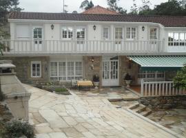 Casa Os Batans, Vimianzo (рядом с городом Пасарела)