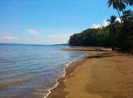 Osa Beach Hut, Agujas (Barrigones yakınında)