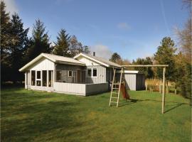 Three-Bedroom Holiday Home in Thyholm, Thyholm (Lyngs yakınında)