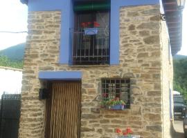 La Casa Azul, Yosa de Sobremonte (Aso de Sobremonte yakınında)