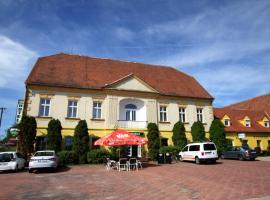 Hotel Club, Vranovská Ves (Jevišovice yakınında)