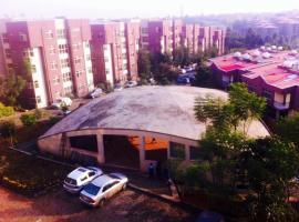 Flintstone Homes, Аддис-Абеба (рядом с городом Kitimē)