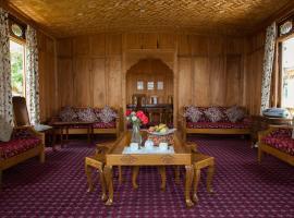 Fantasia Houseboats, Сринагар