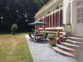 The Penthouse Apartment - Château de Lucy, Ribemont