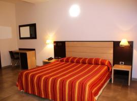 Hotel Insteia, Polla (Salvitelle yakınında)