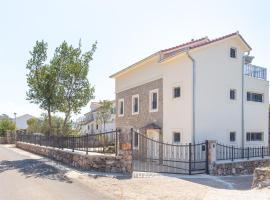 Lovor Villa