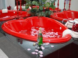 Honeymoon Hills Best Available Room