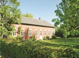 Seven-Bedroom Holiday Home in Bredebro, Bredebro (Bønderby yakınında)