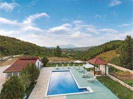 Three-Bedroom Holiday Home in Umljanovici, Umljanović (рядом с городом Ružić)