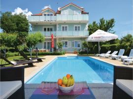 Holiday home Dicmo 17, Grčići