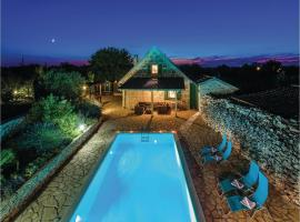 Holiday home Gluici IV, Krnete