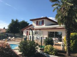 Villa 12 personnes, Biganos (рядом с городом Mios)