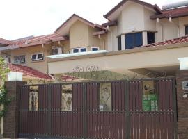 Warm House@Meet2Stay