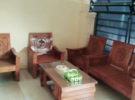 Alta Home Center, Jabon (рядом с городом Peterongan)