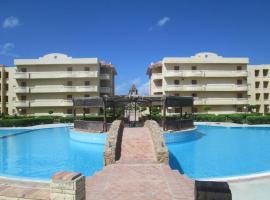 Three-Bedroom Apartment in Marseilia Beach, Dawwār Muḩammad Abū Shanab
