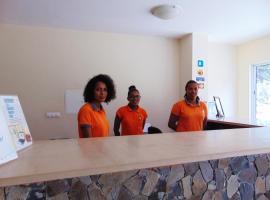 Hotel Paul Mar, Caculi