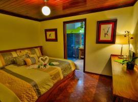 Casa Batsu, Monteverde