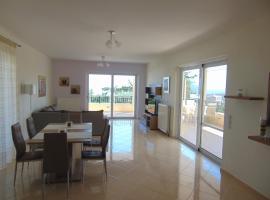 Bright home in Rethymno, Ретимно (рядом с городом Somatás)
