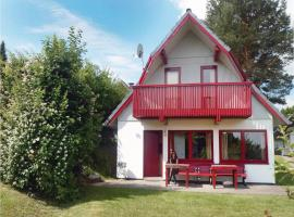 Three-Bedroom Holiday home Kirchheim with a Fireplace 09, Kemmerode (Breitenbach am Herzberg yakınında)