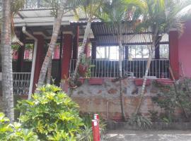 Real Casa Grande Bed & Breakfast, Сигуатепеке (рядом с городом Агуа-Асуль-Ранчо)
