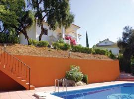 Holiday home Trassierra 71 with Outdoor Swimmingpool, Las Jaras (Santa María de Trassierra yakınında)