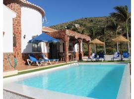 Holiday Home Torrox with Fireplace VIII, Torrox (Río yakınında)