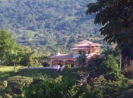 Casa Los Loros, Ojochal (Chontales yakınında)