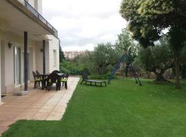 Apartamento Turistico Zuri-Ane, Los Arcos (Mues yakınında)