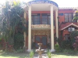 Hotel La Casona, Camiri