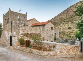Three-Bedroom Apartment in Olympies Mani
