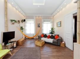 PuraVida: Deluxe & Studio Apartment