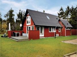 Three-Bedroom Holiday Home in Oksbol, Oksbøl (Mosevrå yakınında)