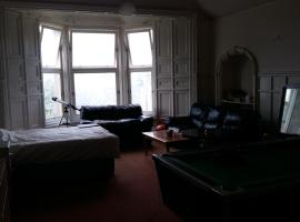 Victorian House in Historical Greenock with Bay view, Greenock