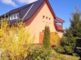 Ferienhaus Moewe, Hanshagen (Moeckow yakınında)