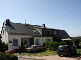 Gästehaus Hastenpflug, Tellig (Blankenrath yakınında)