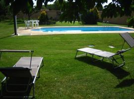 Casa Constanza, Vega de Infanzones (Onzonilla yakınında)