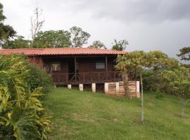 Cabaña Montecito, Alajuela (Cedro yakınında)
