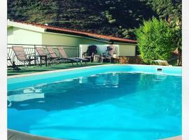 Villa Mariposa Appartamenti, Budoni (Talavà yakınında)
